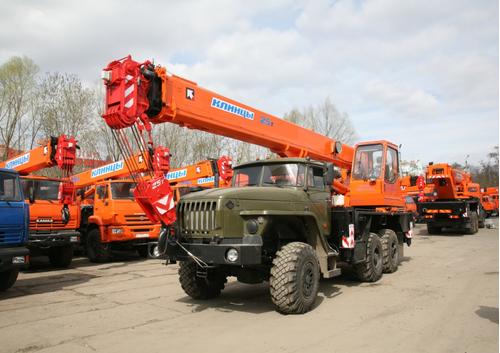 """КС-55713-1К-4 """"Клинцы"""" со съёмным противовесом массой 1,5 тонны ОВОИД – фото 1"""