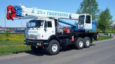 Автокран КС-55713-5 грузоподъемностью 25 тонн на шасси KAMAЗ-43118 (6х6) – фото 1