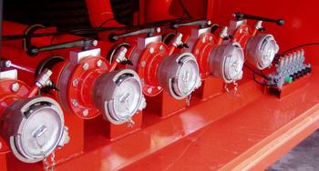 Полуприцеп-цистерна для светлых нефтепродуктов БЦМ-14, объем 30 м3 – фото 4