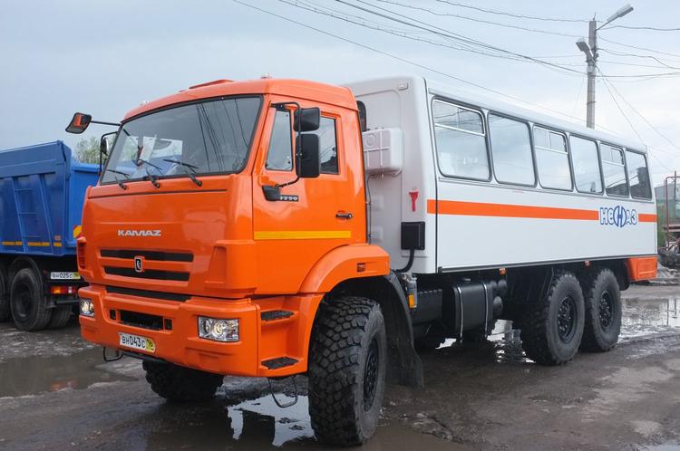 Вахтовый автобус НЕФАЗ-4208 на КАМАЗ 43114 – фото 1