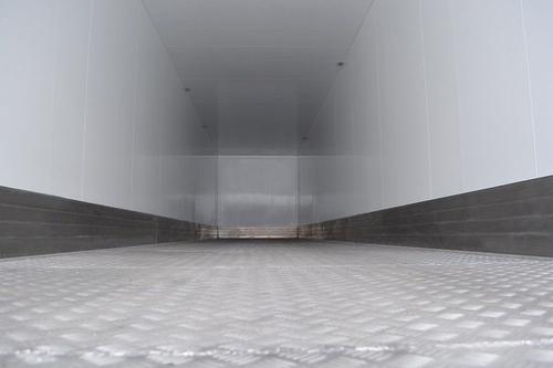 Полуприцеп изотермический Тонар-97863 (36 евро палет) – фото 6