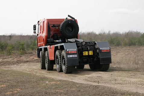 Седельный тягач  МЗКТ-750440 – фото 3